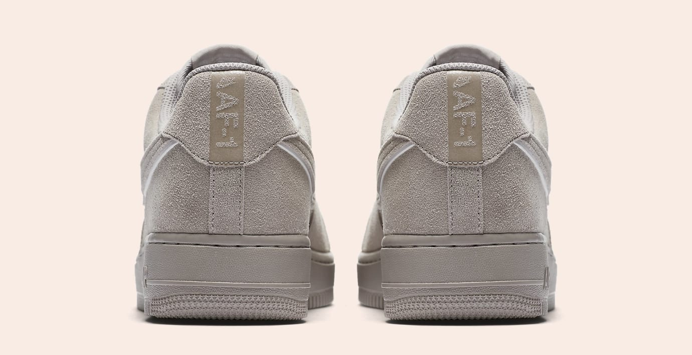 Nike Air Force 1 Suede AA1117-201 (Heel)