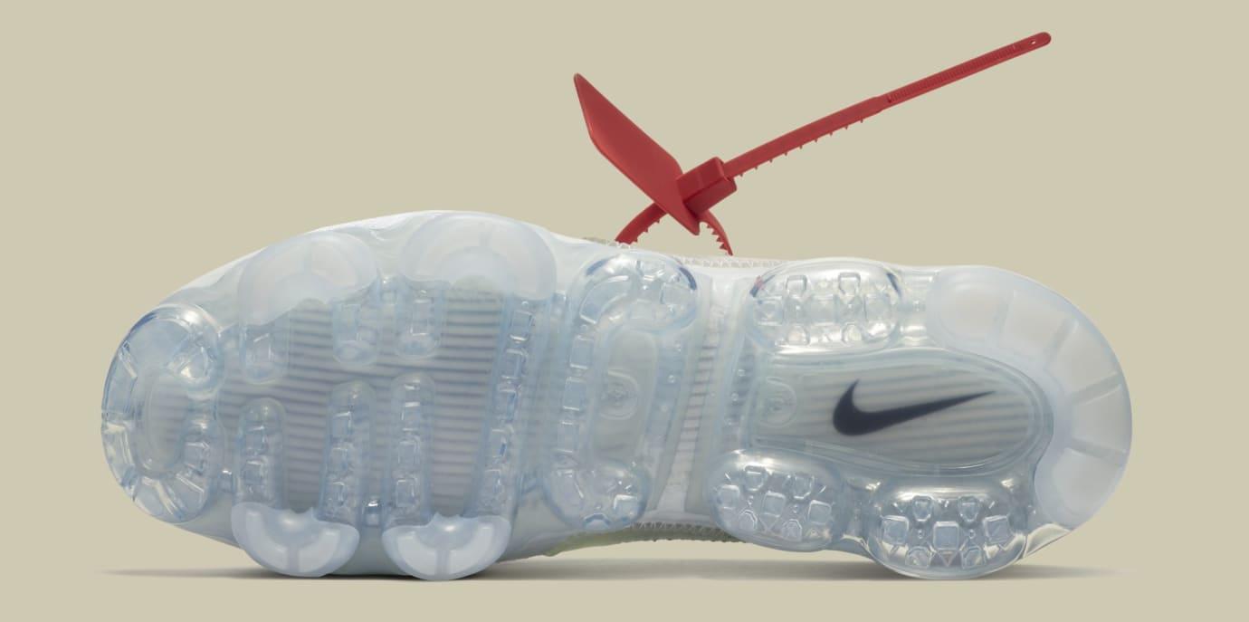 Off-White x Nike Air VaporMax 'White/Black/Total Orange' AA3831-100 (Sole)