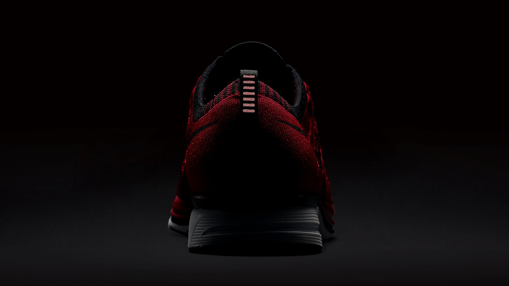 nike-flyknit-trainer-university-red-ah8396-601-3m