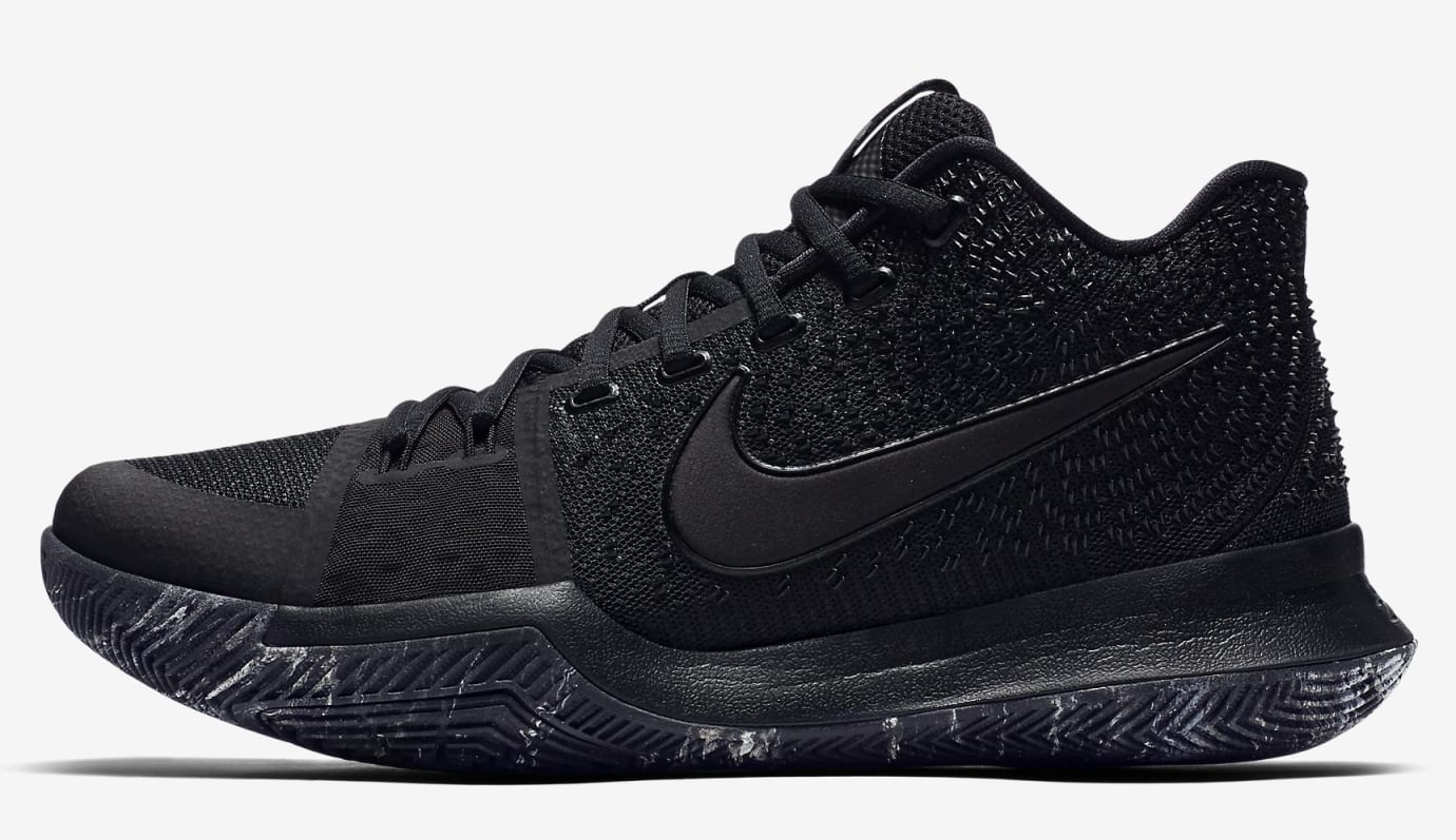 'Triple Black' Nike Kyrie 3