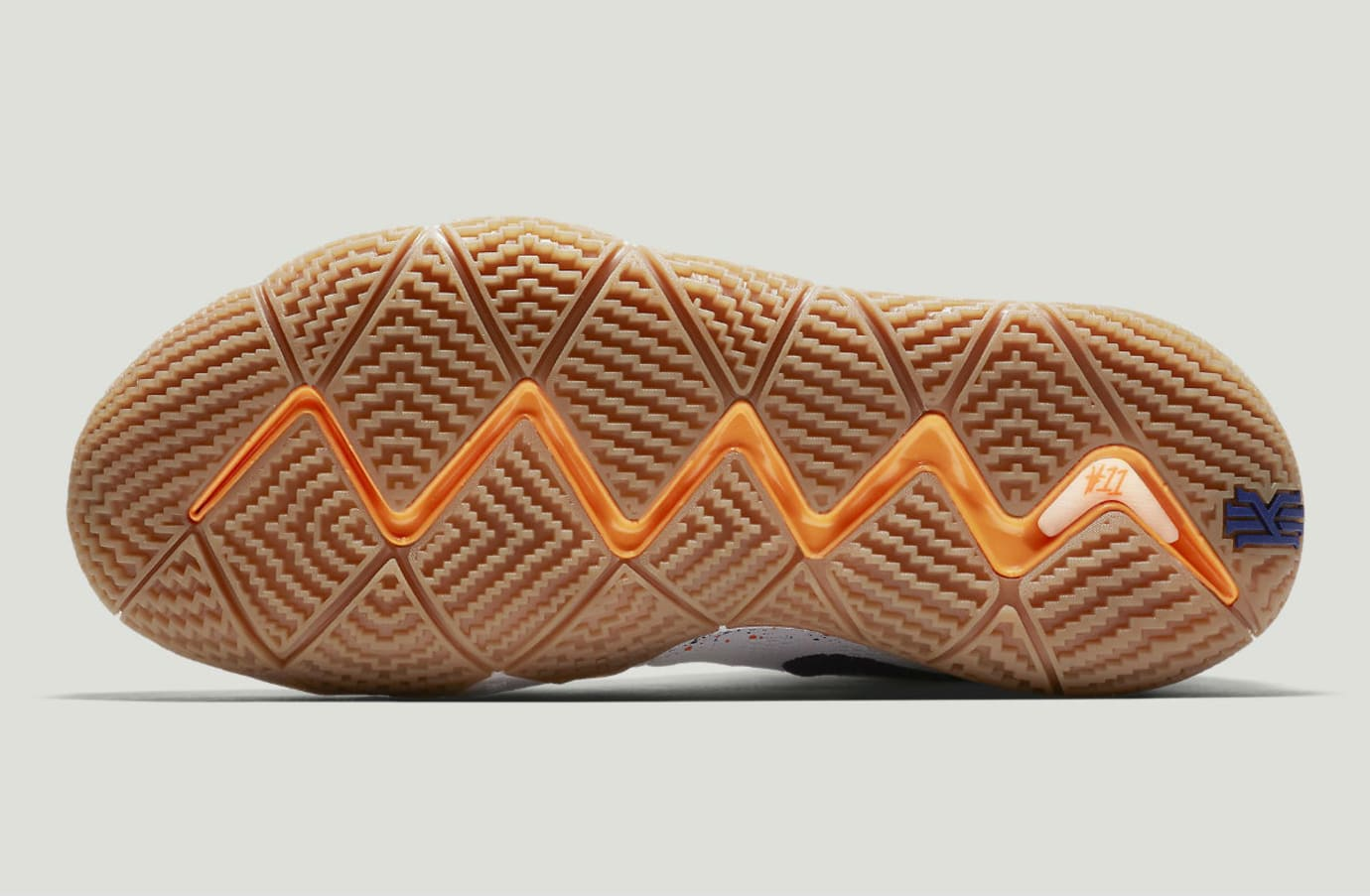 Nike Kyrie 4 Uncle Drew Release Date 943807-100 Sole