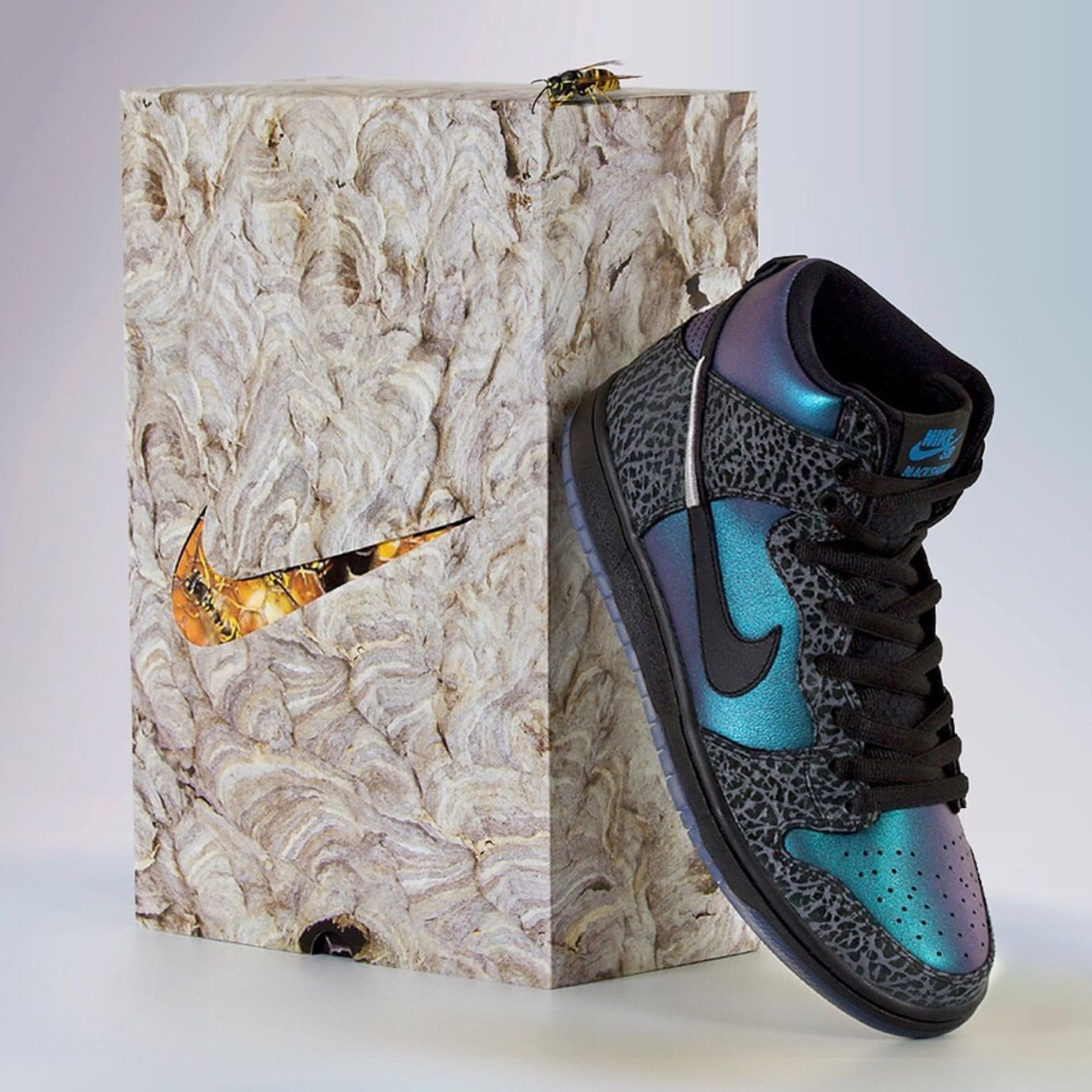 Black Sheep x Nike SB Dunk High 'Black Hornet' (Box 2)