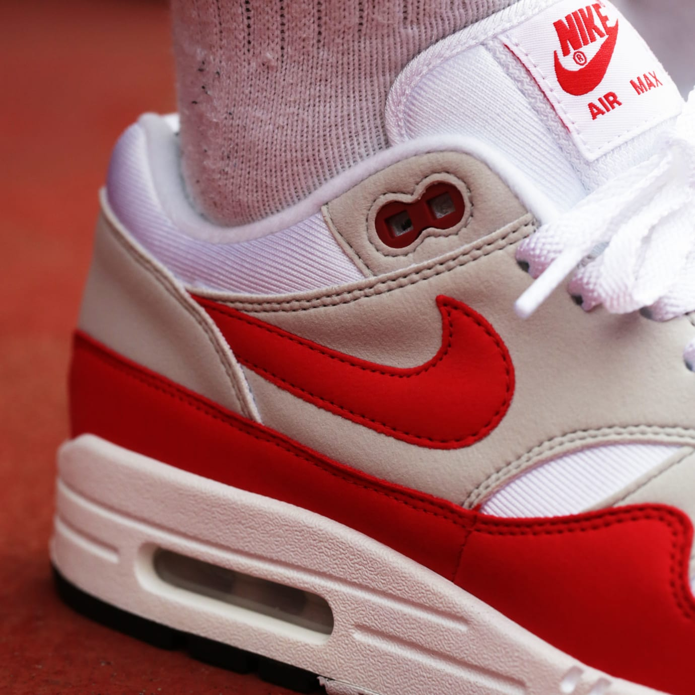 buy popular 0be56 f1bd4 Nike Air Max 1 OG Sport Red Release Date Heel 908375-103