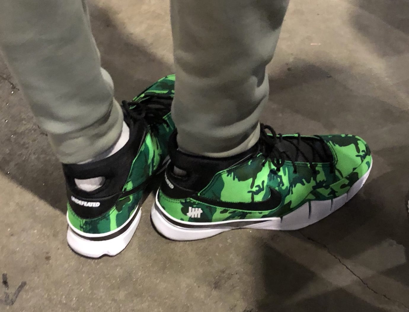 Giannis Antetokounmpo Undefeated x Nike Zoom Kobe 1 Protro Green On-Foot