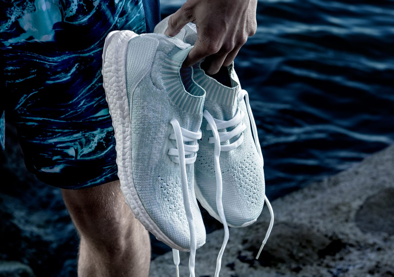 Parely Adidas Ultra Boost Uncaged White Coral