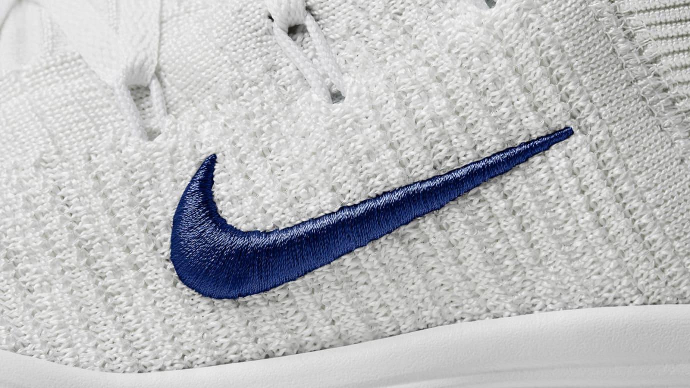 Nike React Hyperdunk 2017 Flyknit Draymond Green PE Swoosh