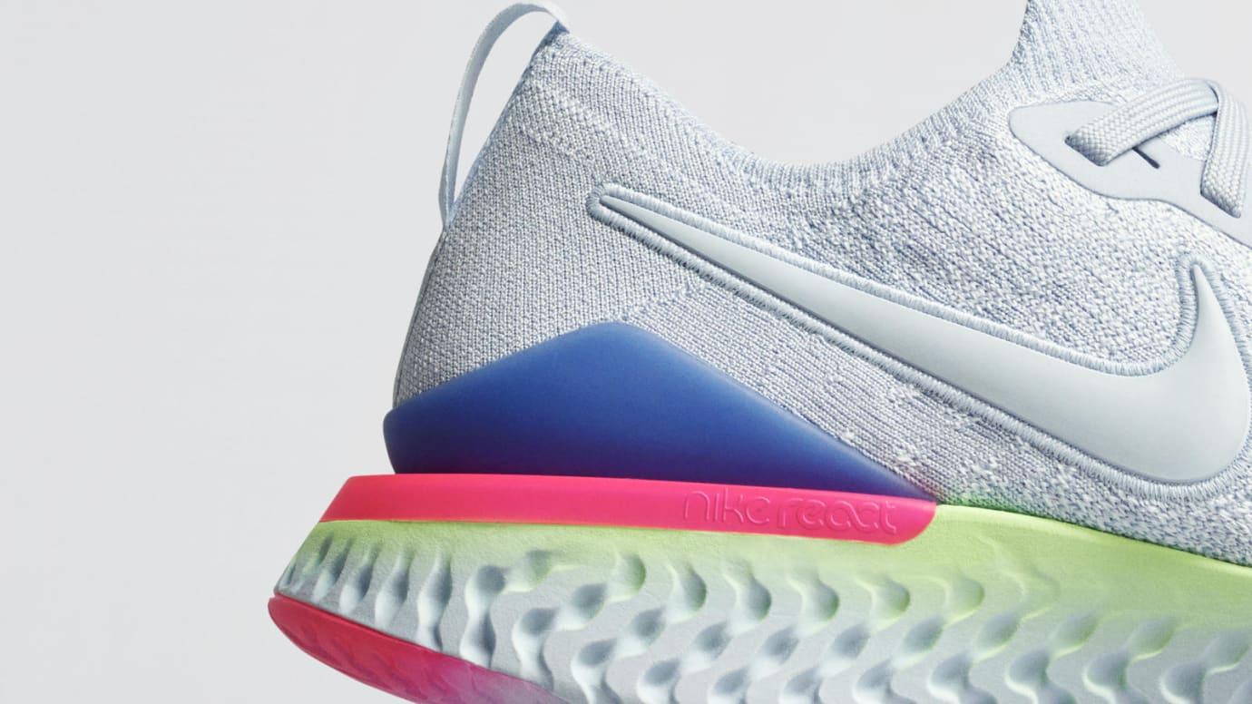 Nike Epic React Flyknit 2 '8-Bit' (Heel)