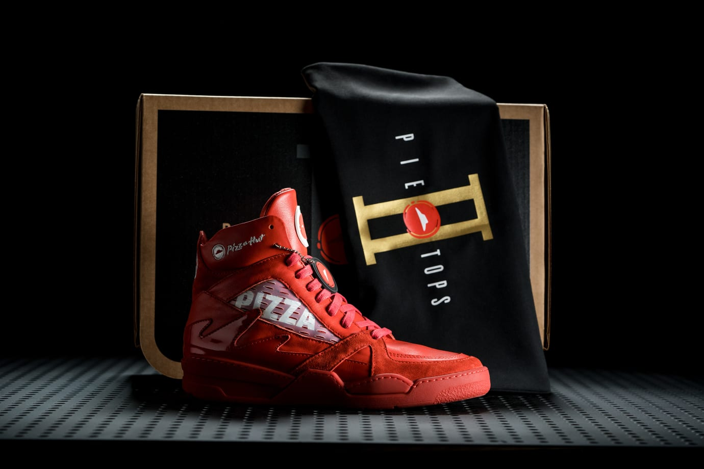 Pizza Hut Pie Top II Sneaker 1
