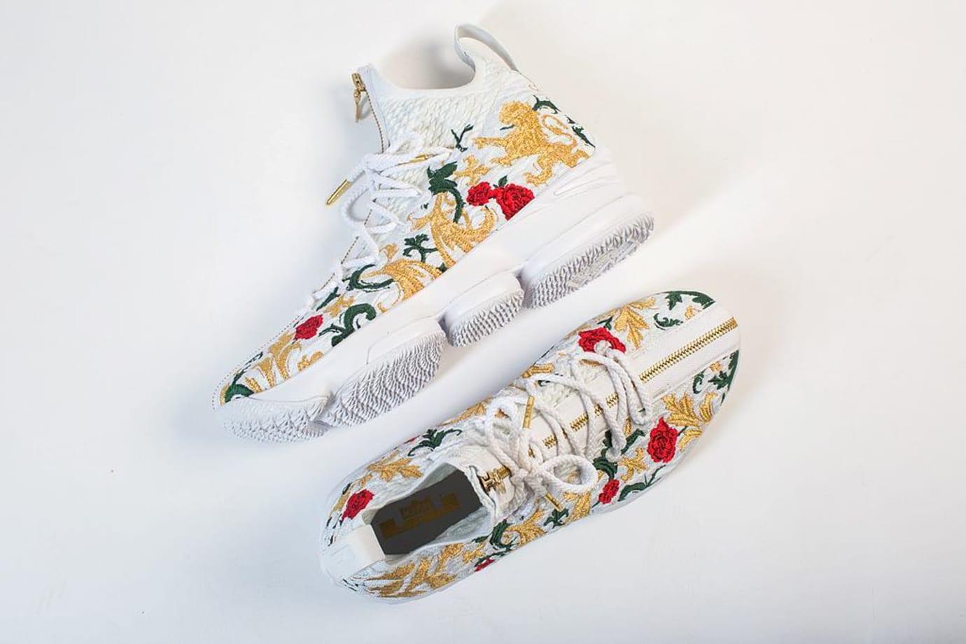 Nike LeBron 15 Floral Side