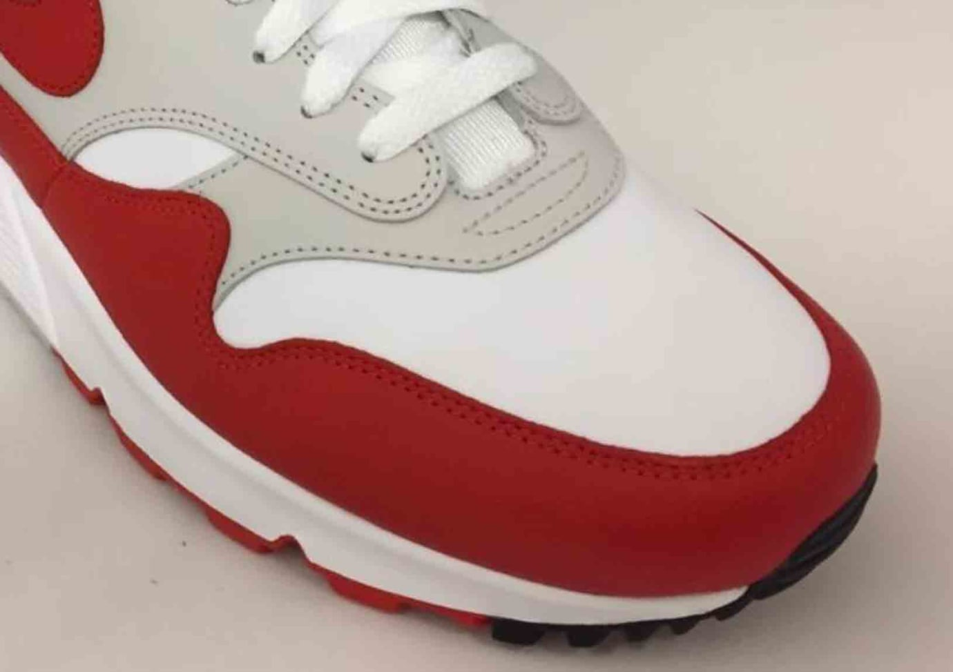 09cd39b4 Nike Air Max 90/1 'White/Red' Release Date | Sole Collector