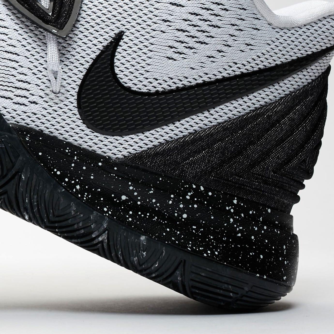 248b9847006 Image via SneakersNStuff Nike Kyrie 5 'White/Black' AO2918-100 (Detail 2)
