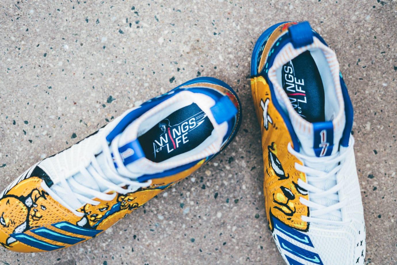 Kris Bryant Adidas Wings for Life Custom Cleats (2)