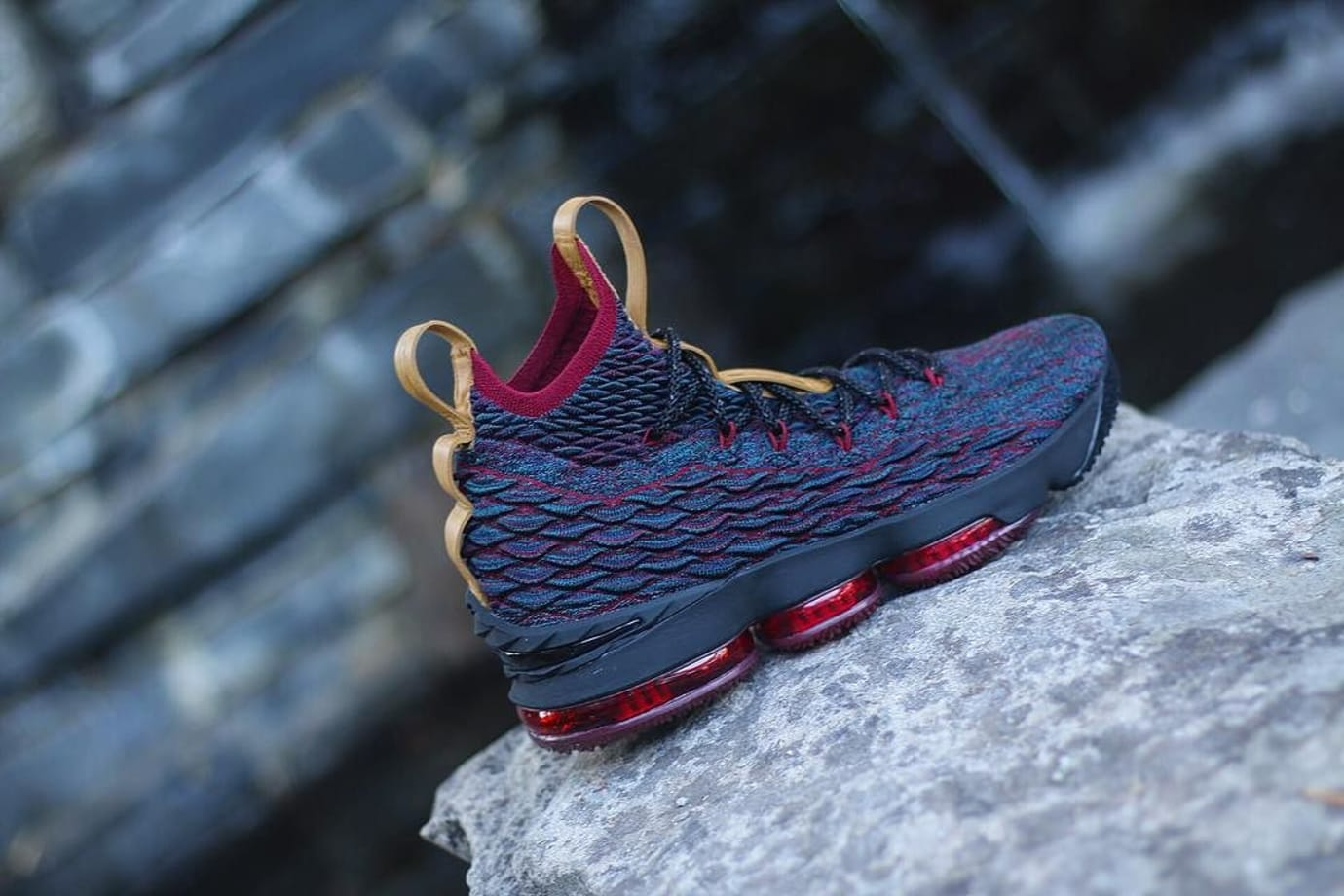 premium selection 23b9a 8e9dc Nike LeBron 15 Cavs New Heighs Sneakers Release Date | Sole ...