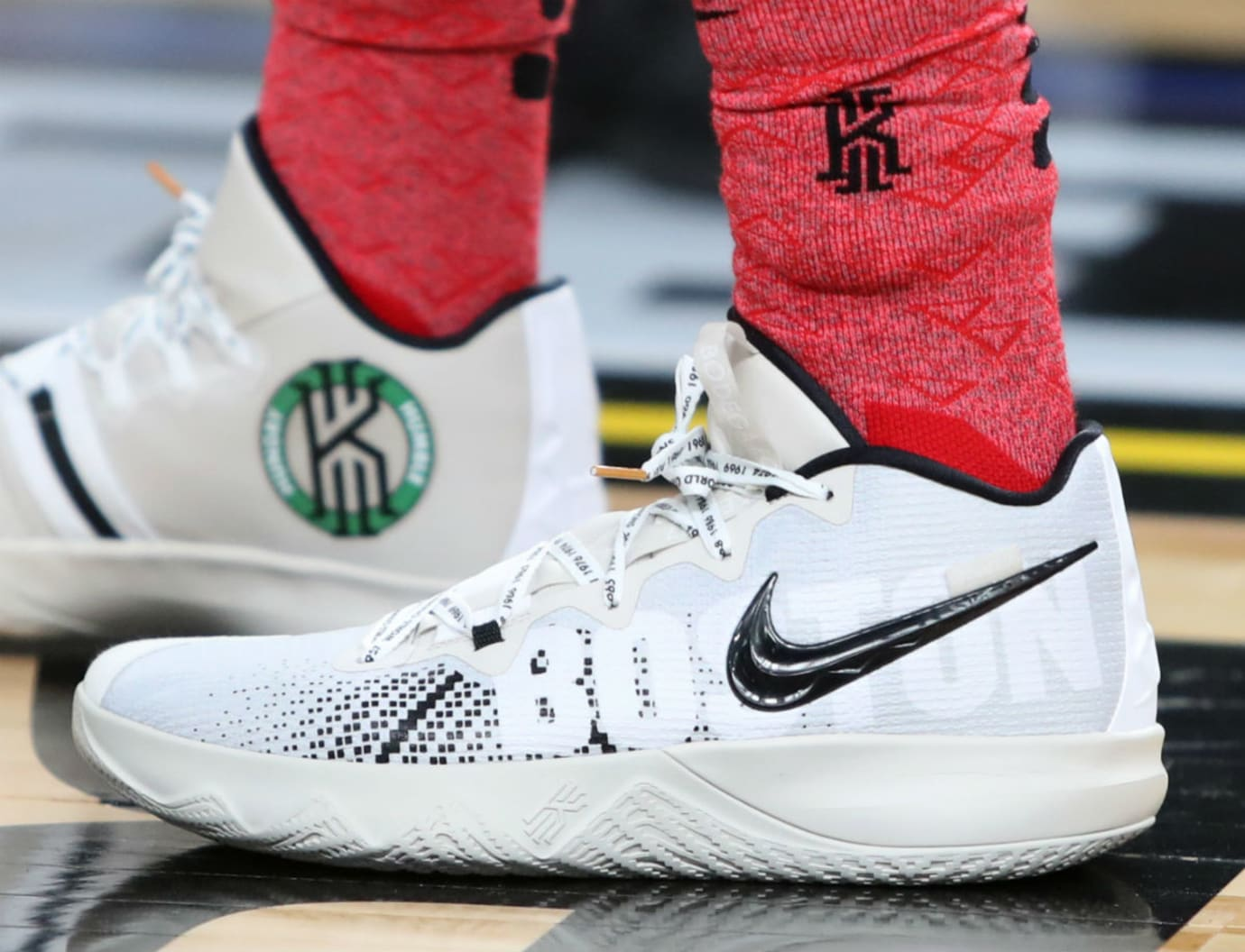 Kyrie Irving Nike Zoom Budget Left