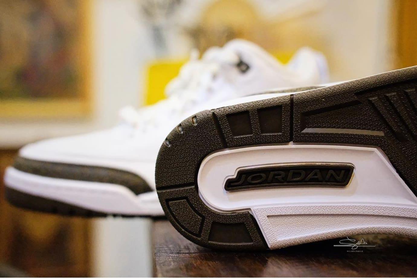 Air Jordan 3 'Mocha' 136064-122 (Sole)