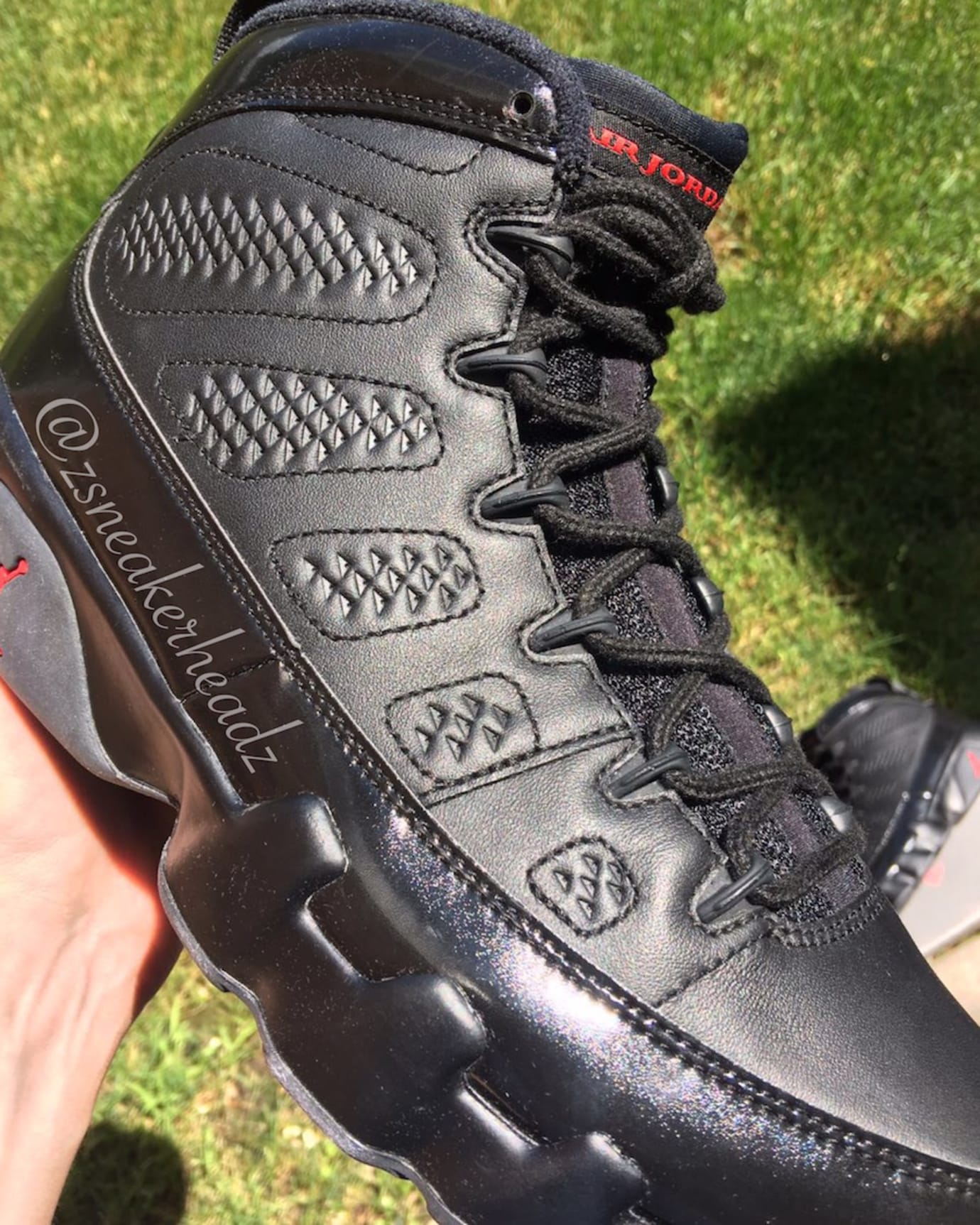 Air Jordan 9 Black Anthracite Red 2018 Release Date 302370-014 Front