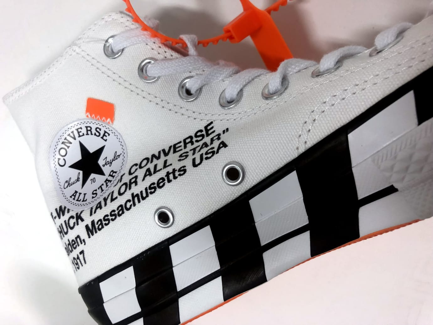 Off-White x Converse Chuck 70 Stripe (Detail)