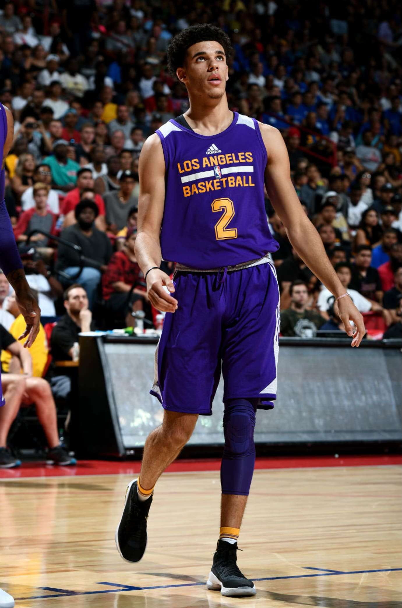 Lonzo Ball Under Armour Curry 4 Black Gold