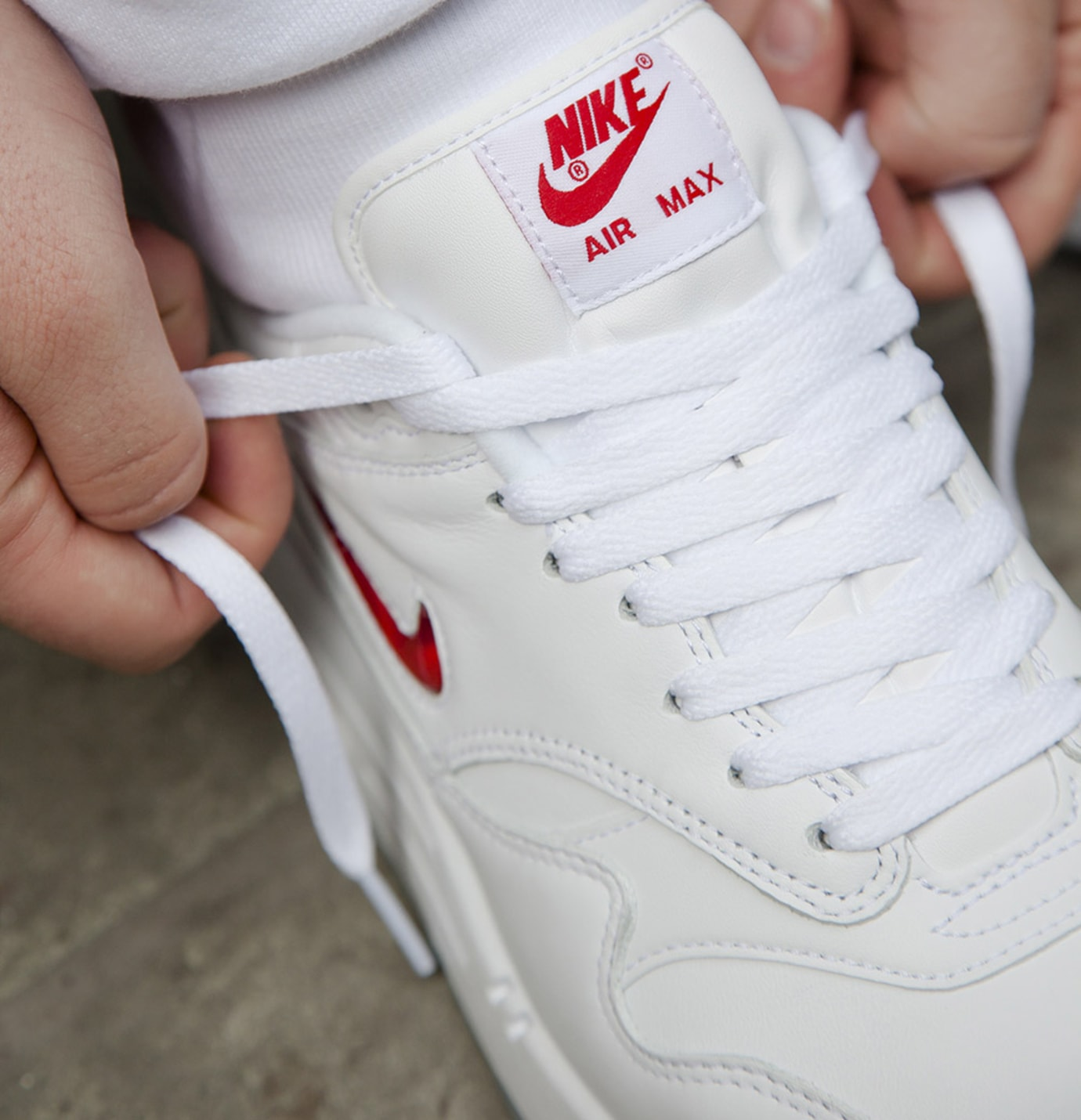 Nike Air Max 1 Jewel White Red Tongue
