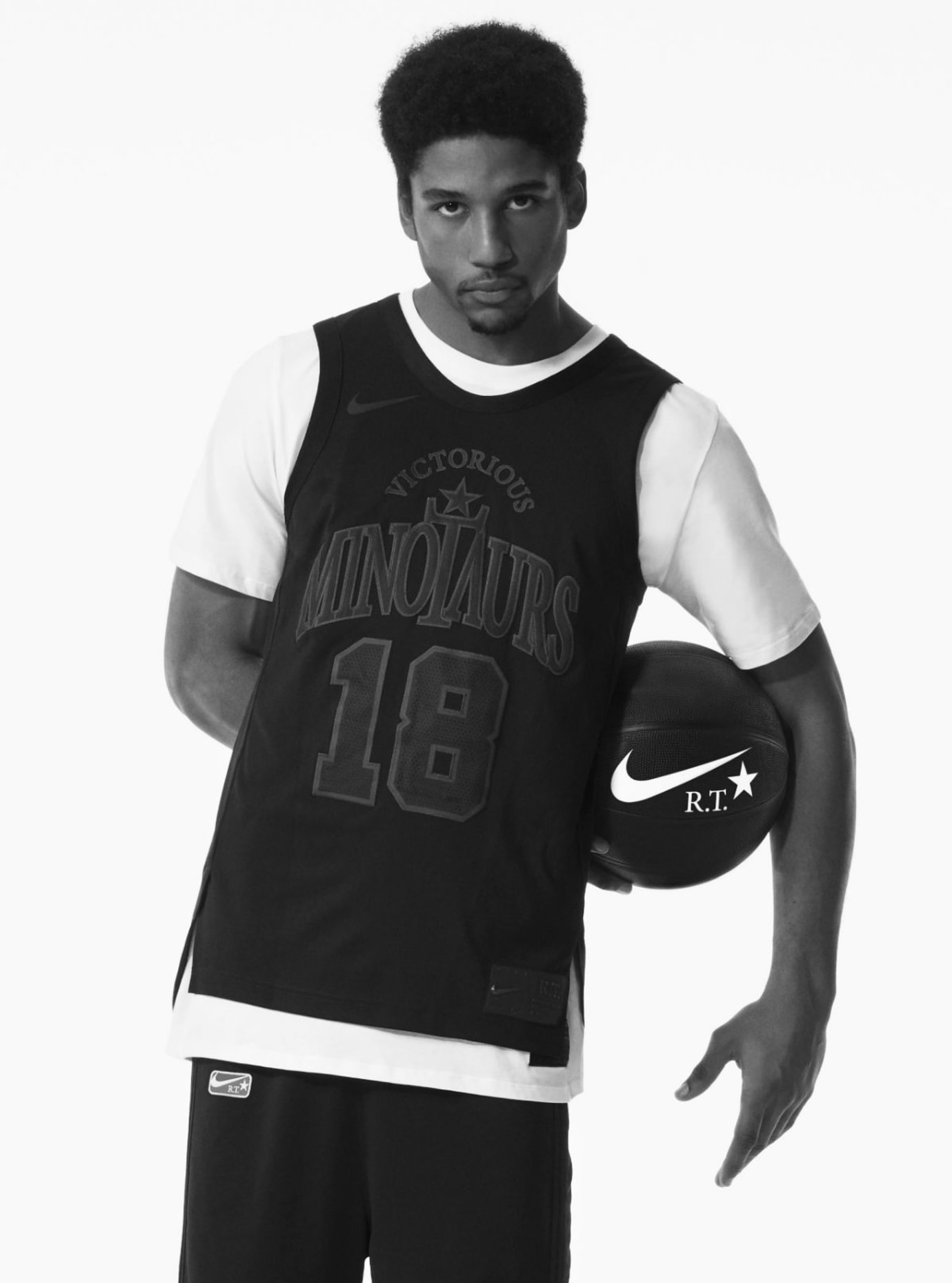 Riccardo Tisci Nike Minotaurs Collection (11)