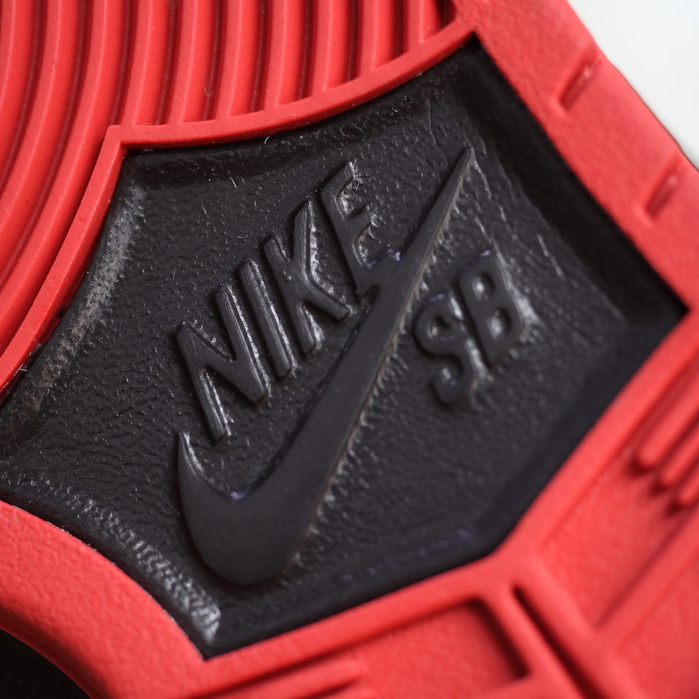 Nike SB Dunk Low Black Pigeon Release Date 88323-008 (14)