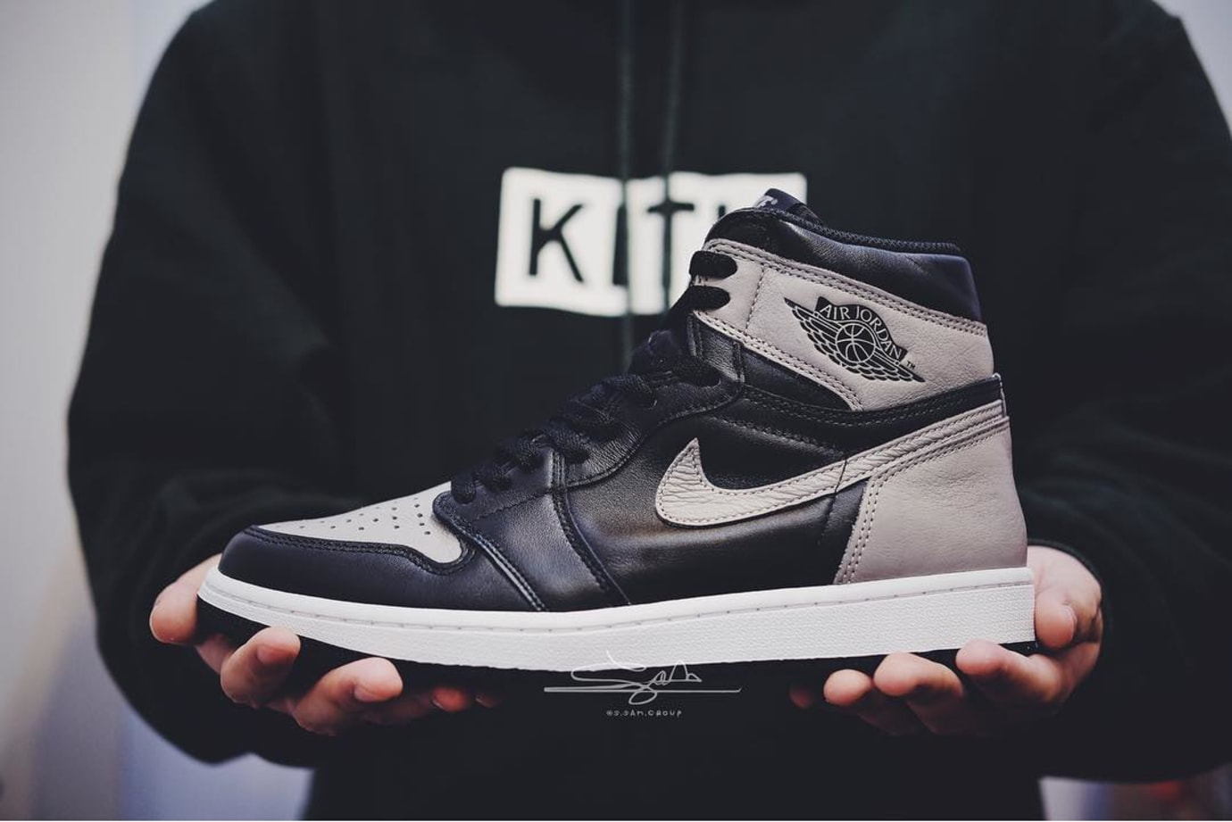 Air Jordan 1 I High OG Shadow 2018 Release Date 555088-013 Profile