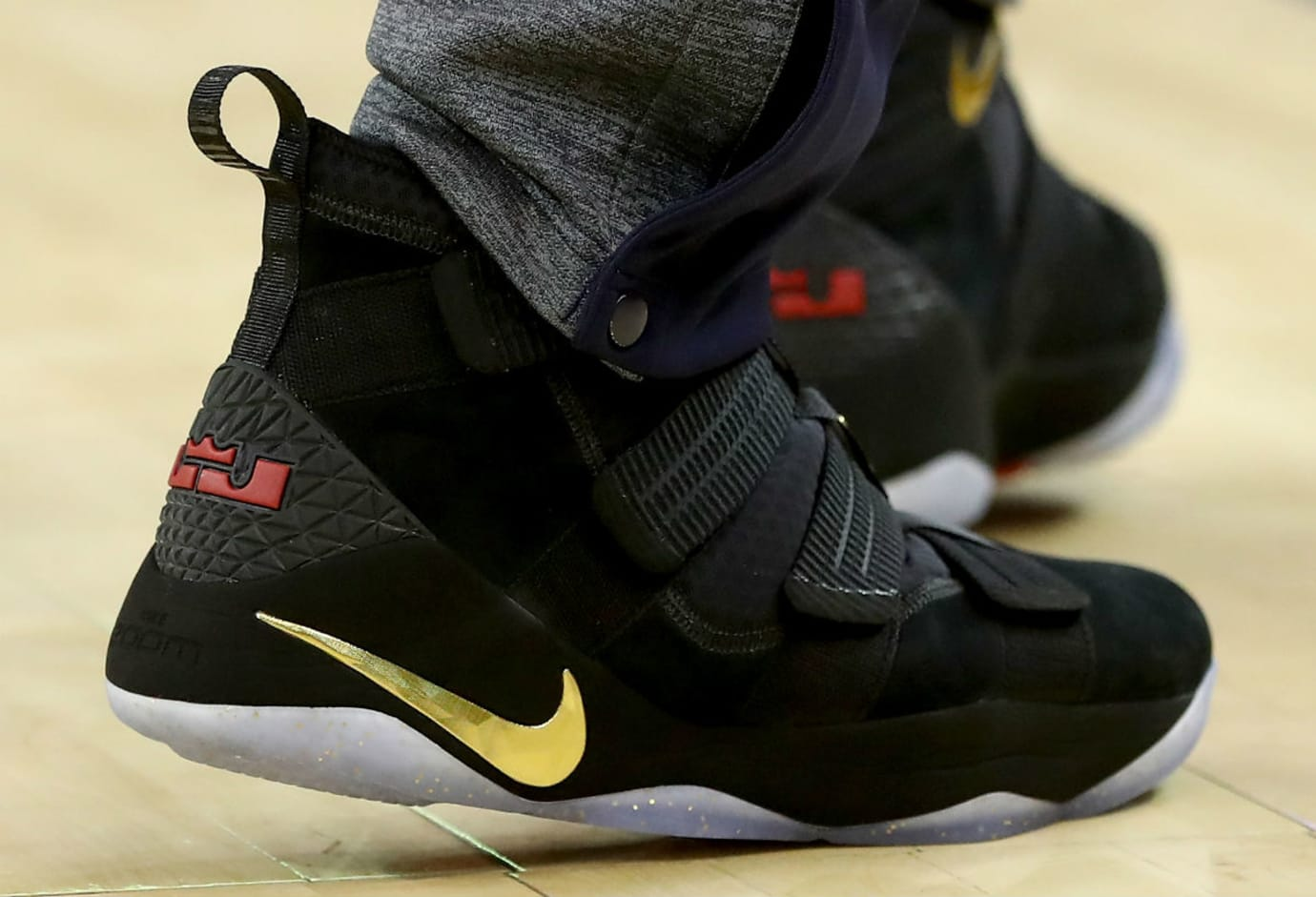7e5d5857504 LeBron James Debuts Nike LeBron Soldier 11 Black Gold Finals PE in ...