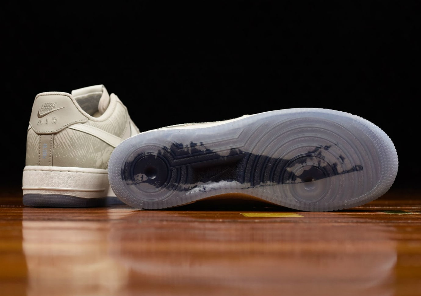 Nike Air Force 1 Low Jones Beach 2017 Retro Sole 845053-203