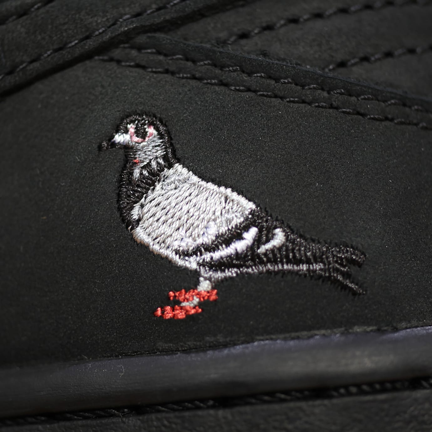 Nike SB Dunk Low Black Pigeon Release Date 88323-008 (9)