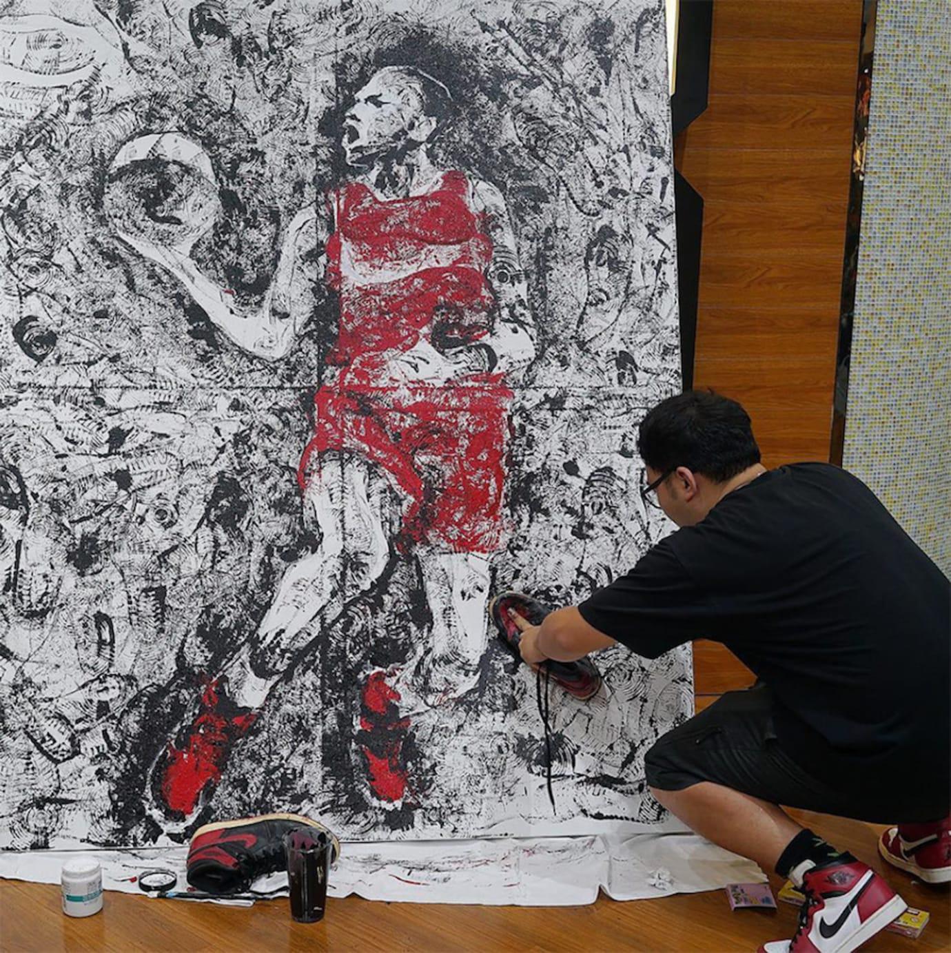 Artist Paints Michael Jordan with Air Jordans (3)