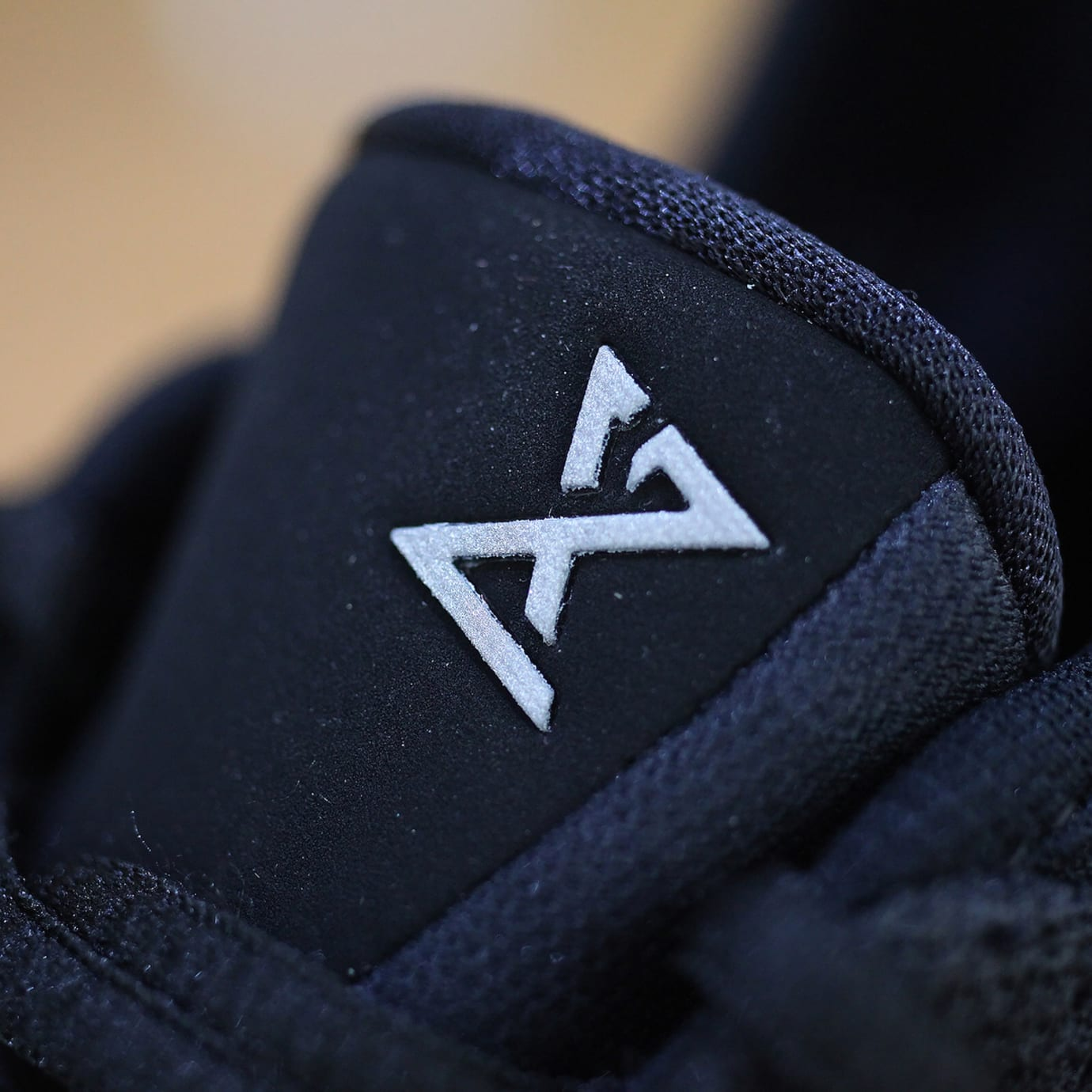 Nike PG 2.5 'Black/Pure Platinum/Anthracite' BQ8452-004 (Tongue Detail)