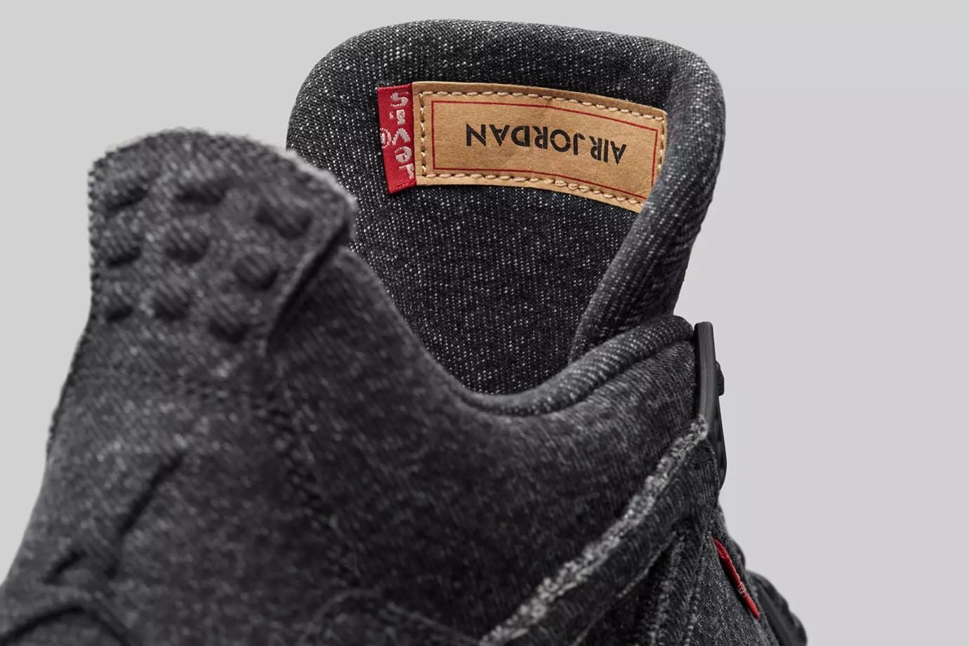 Levi's x Air Jordan 4 'Black' AO2571-001 (Tongue)