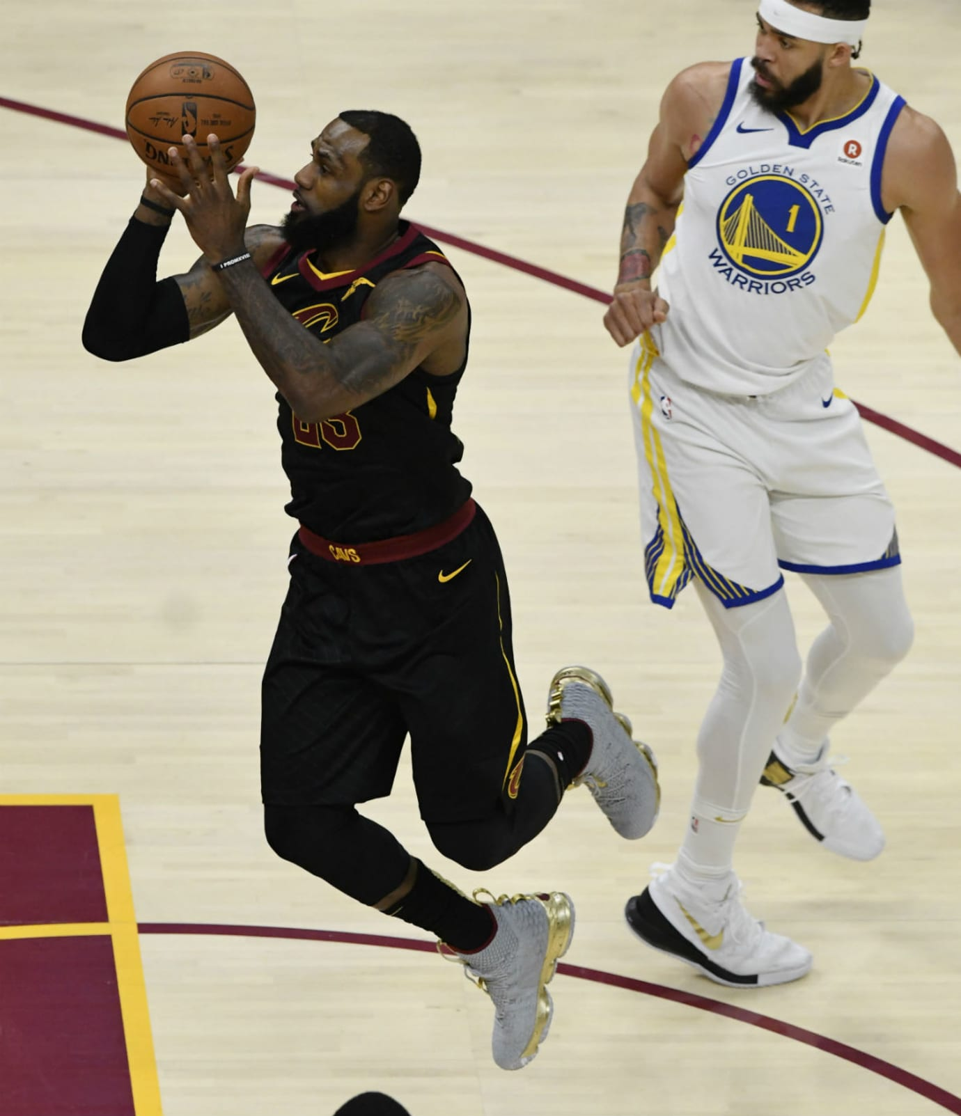 new arrival eae79 6e48c ... LeBron James Nike LeBron 15 Grey Gold NBA Finals Game 3 PE