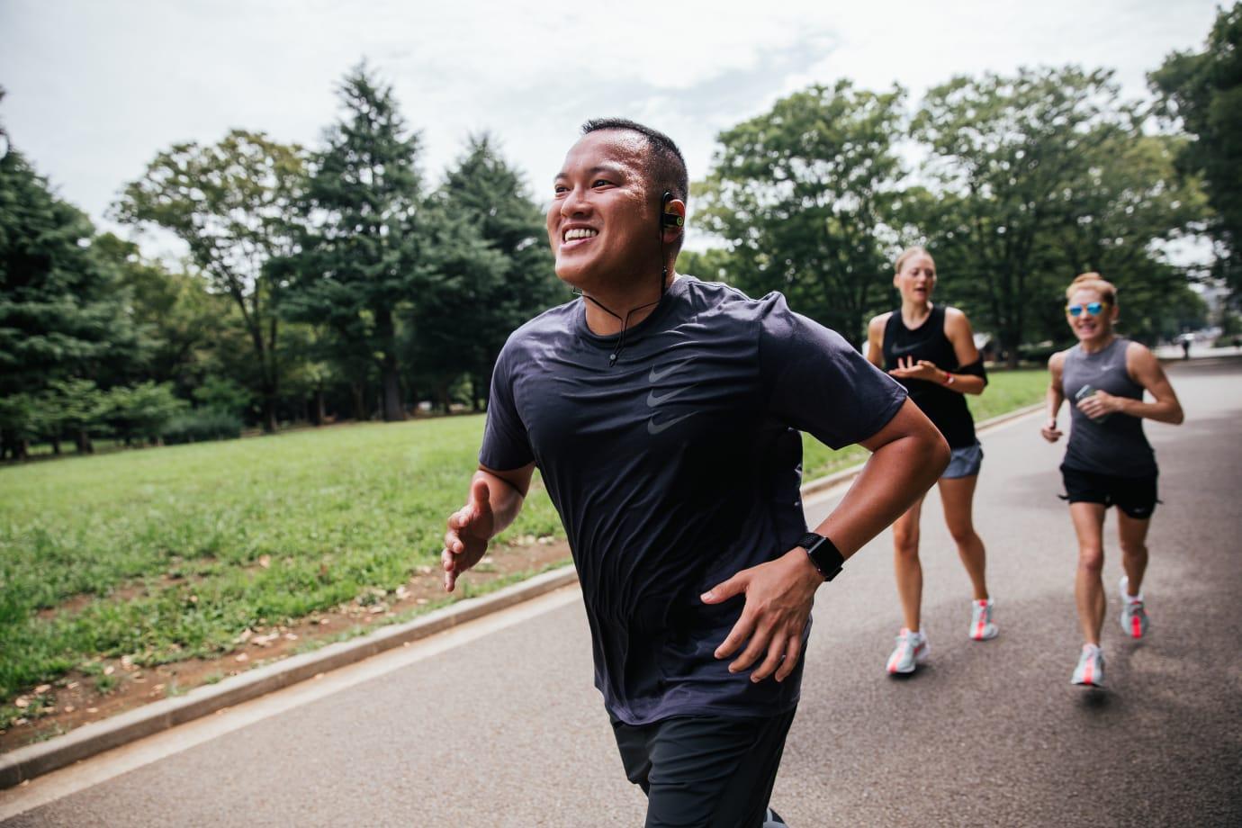 Gerald Flores running
