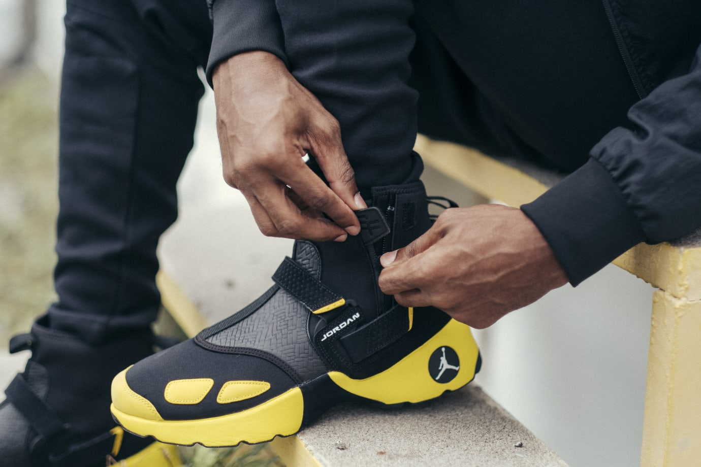 SoleFly x Jordan Trunner LX High 'Lightning' (Detail 1)