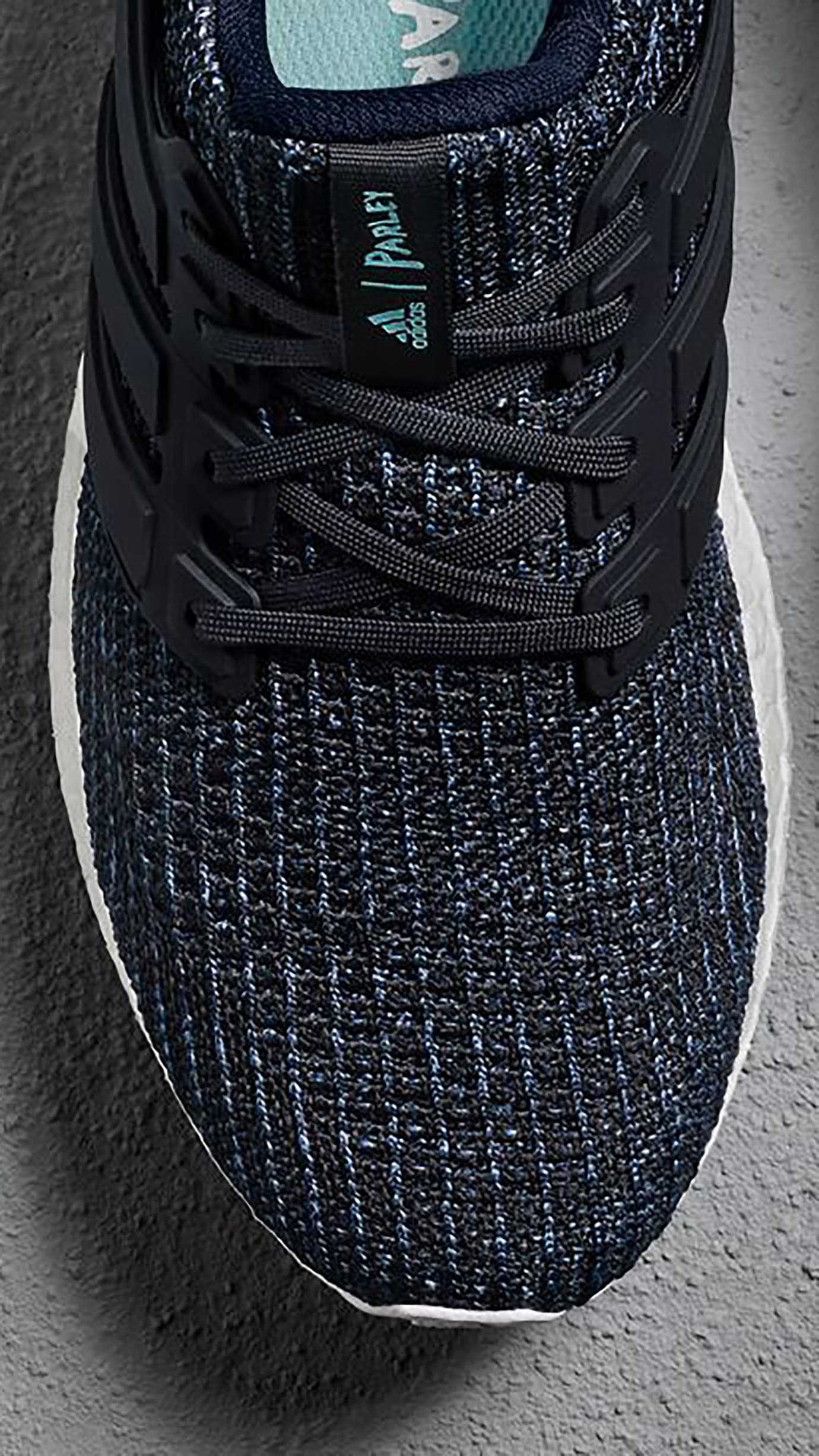 Parley x Adidas Ultra Boost 'Deep Ocean Blue' Men's (Detail)
