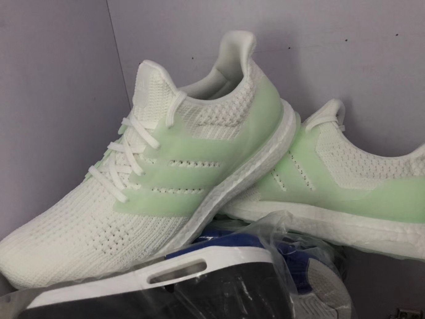 45b1faa9510 Adidas Ultra Boost 4.0 White Glow in the Dark Release Date Light