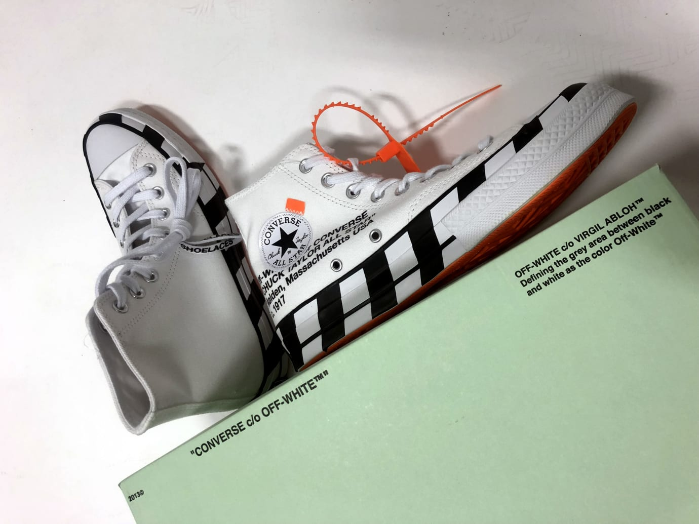 Off-White x Converse Chuck 70 Stripe (Pair with Box)