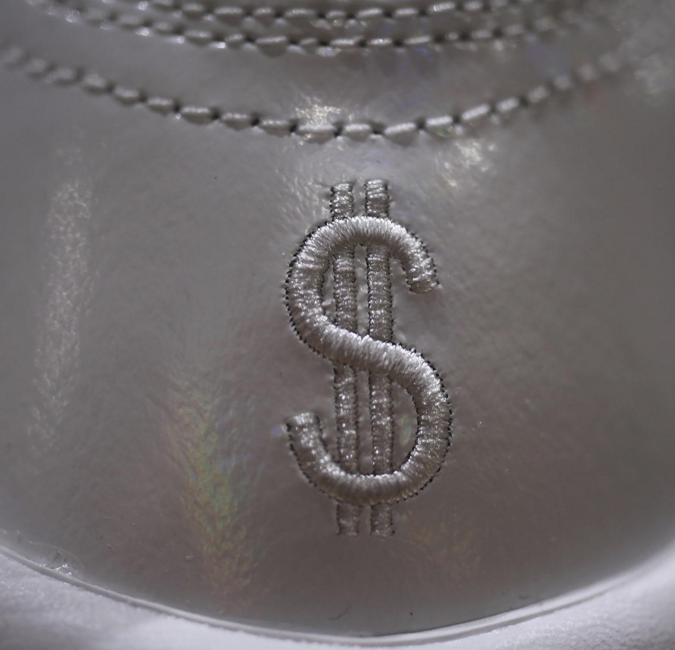 Nike Air More Money 'White/Los Angeles' (Detail)