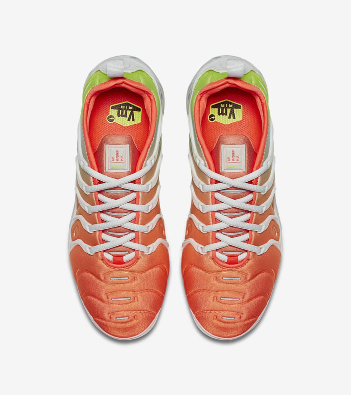 36d4307b98c8e Image via Nike Nike Air VaporMax Plus 'Barely Grey/Total Crimson'  AO4550-003 (Top