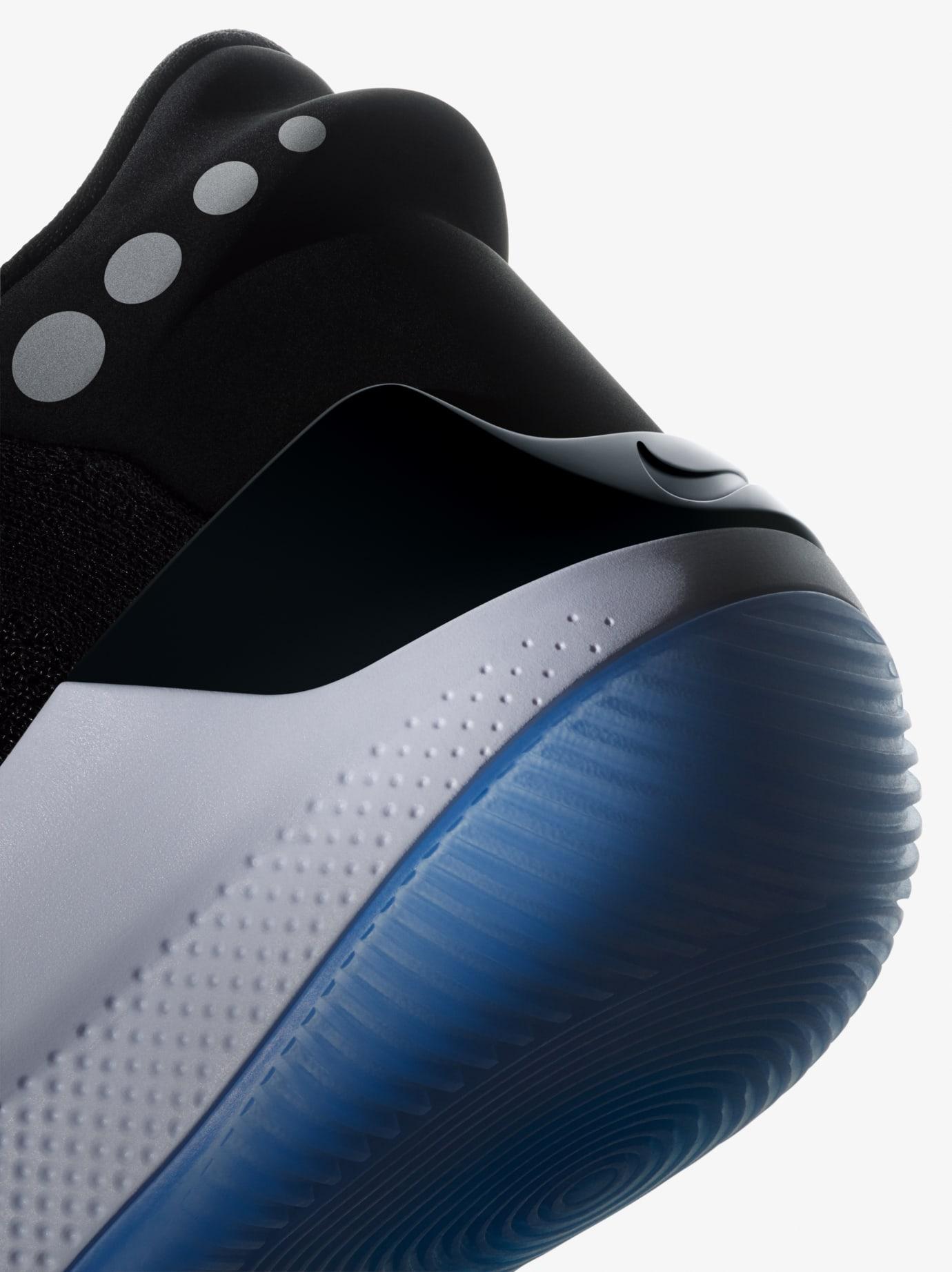 Nike Adapt BB 5
