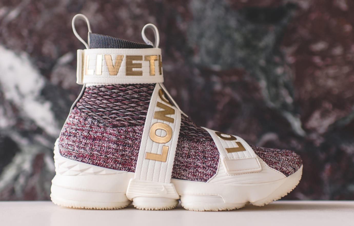 new concept 78f98 f4c29 Kith Nike LeBron 15 Long Live the King Release Date | Sole ...