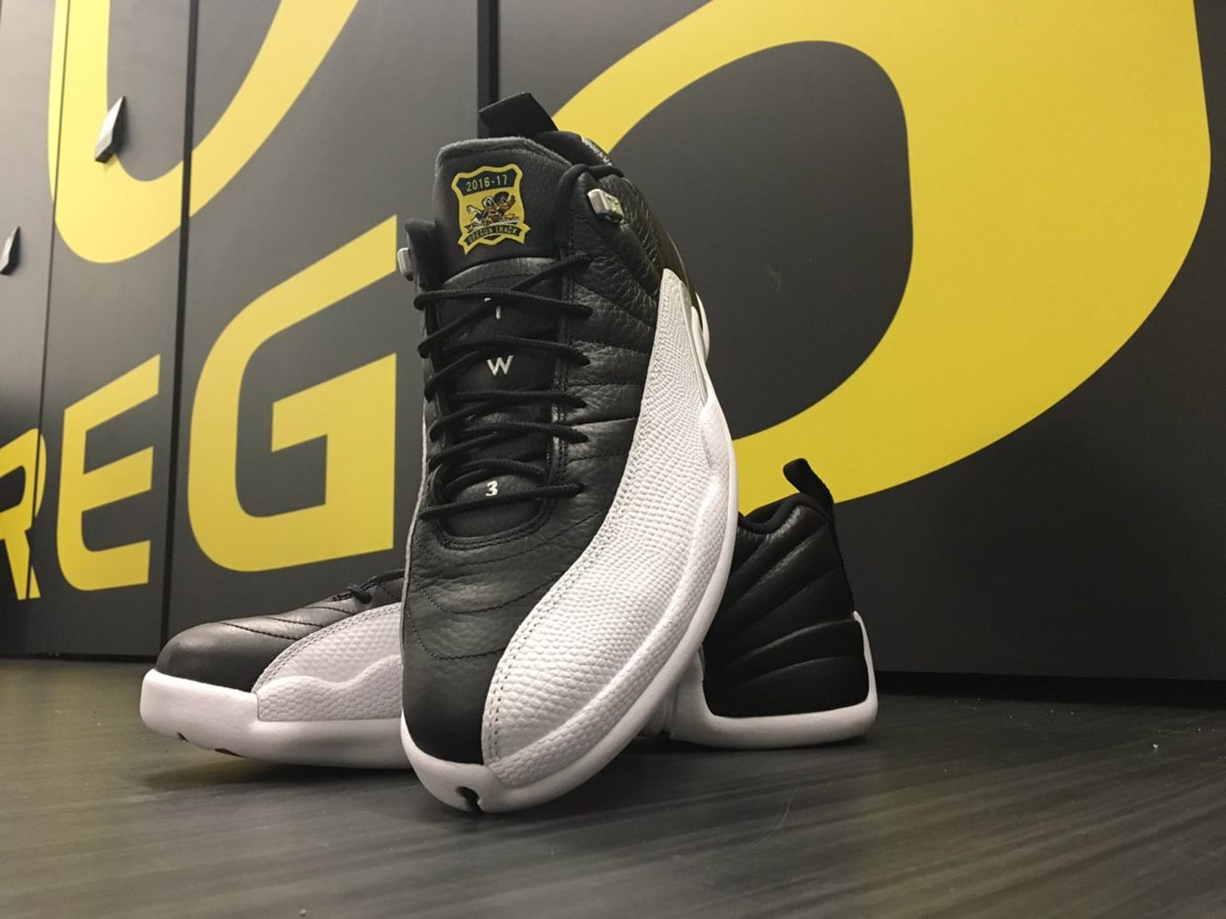 Air Jordan 12 Low Oregon Ducks Track & Field PE