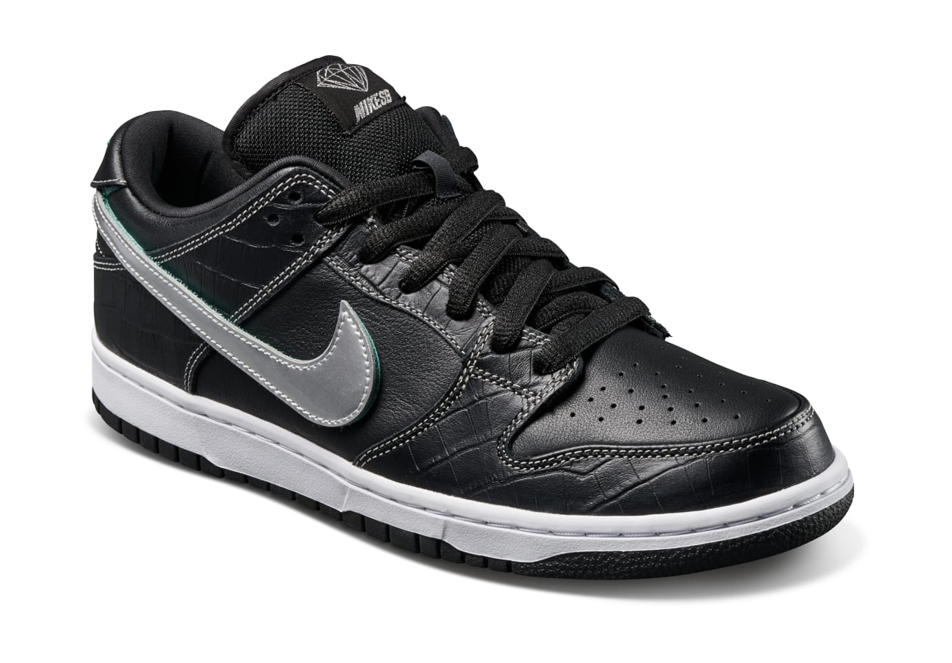 Diamond Supply Co. x Nike SB Dunk Low 'Black' (Front)