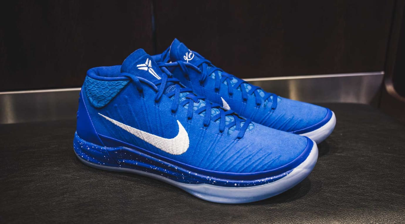 finest selection 01777 59a81 Image via YouTube · Nike Kobe AD Kentucky Wildcats PE (Blue)