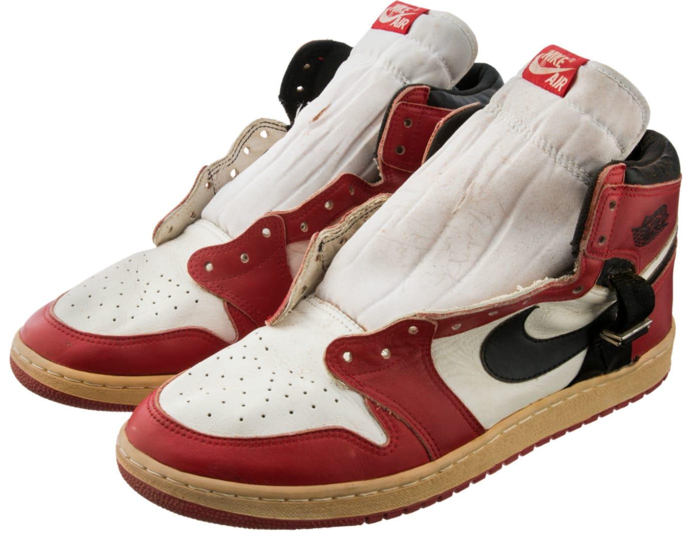 Air Jordan 1 Straps Injury Sample Auction Left