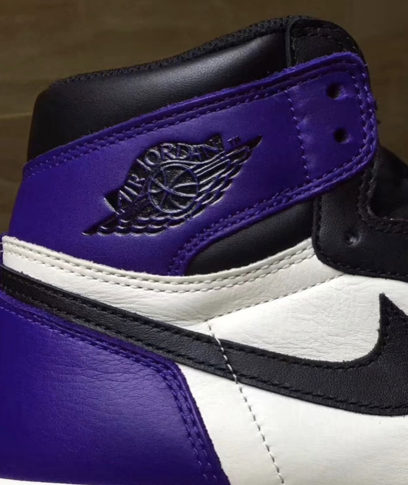 Air Jordan 1 'Court Purple' 4