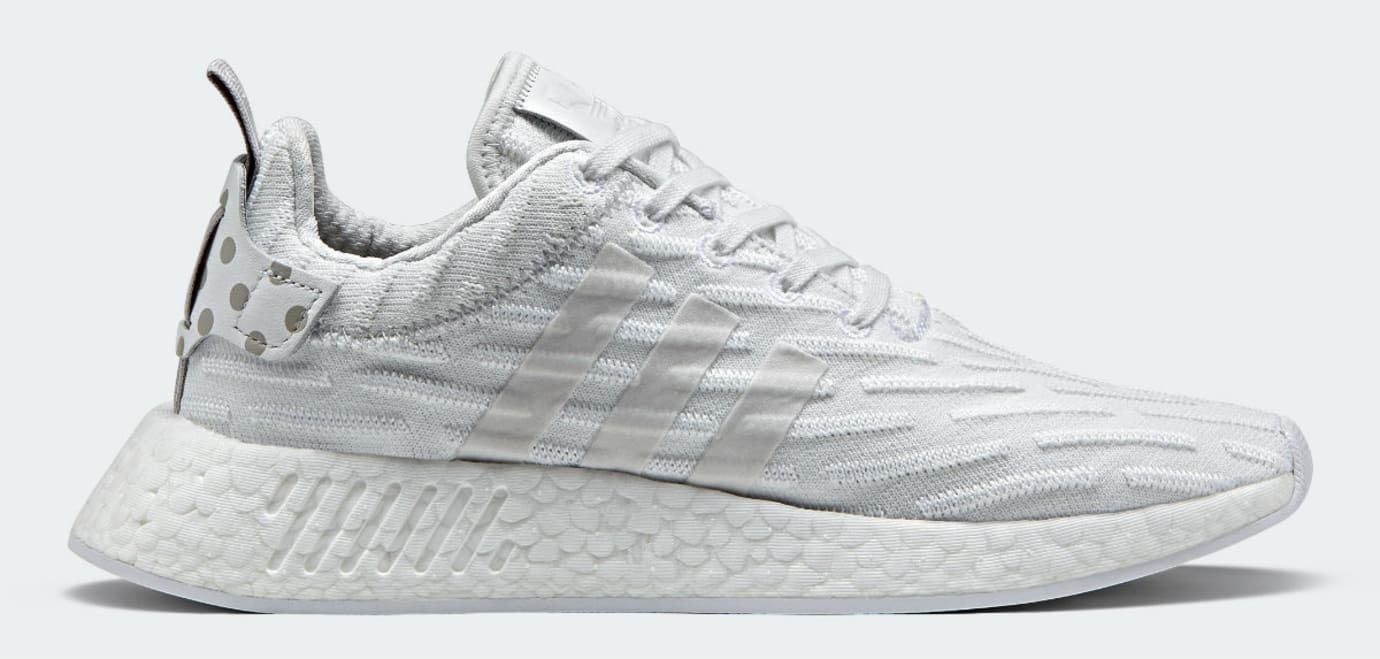 32f2ef8e9cd90 Adidas NMD R2 White Adidas Ultra Boost Trainers Womens Black Friday ...