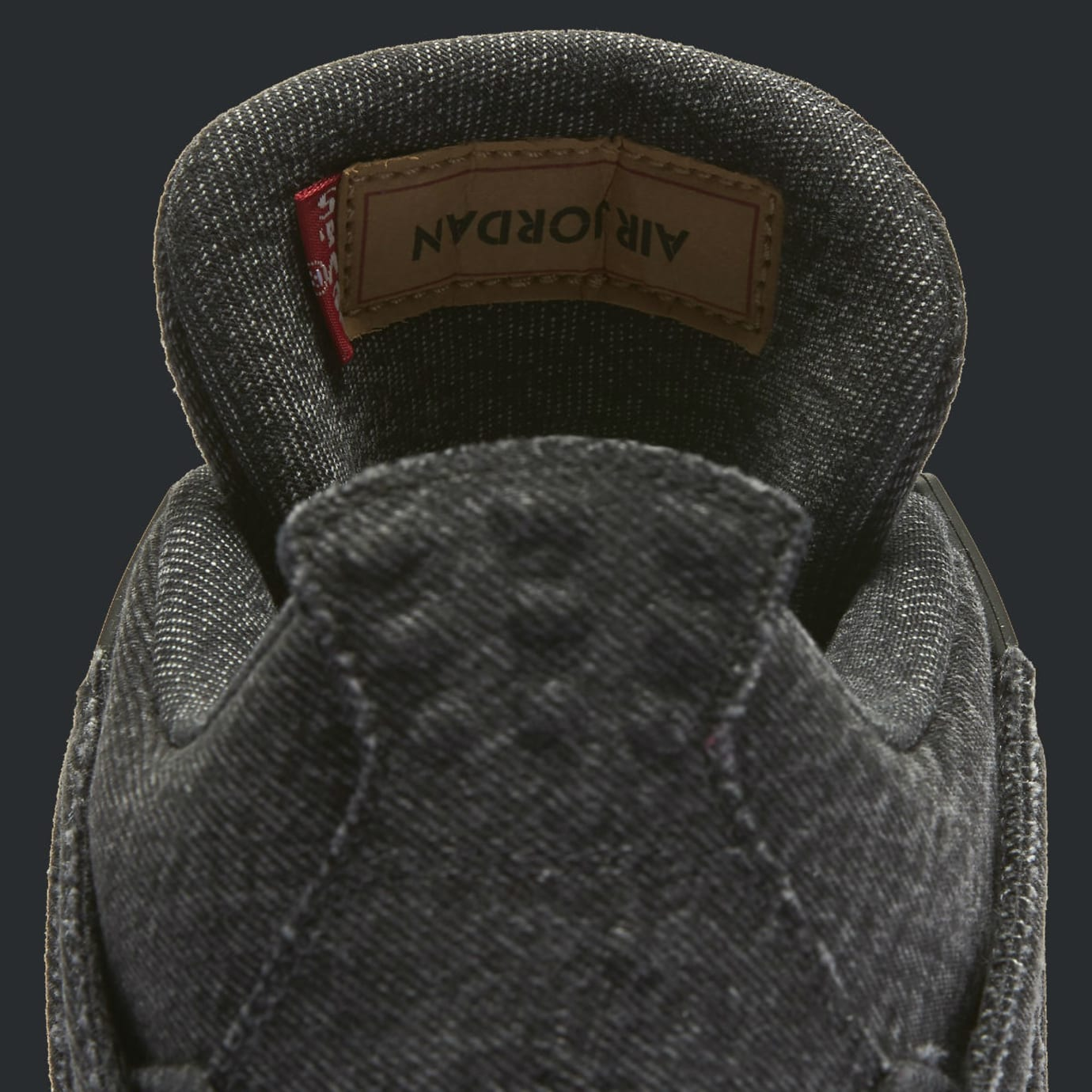 Levi's x Air Jordan 4 Black Denim Release Date AO2571-001 Tongue