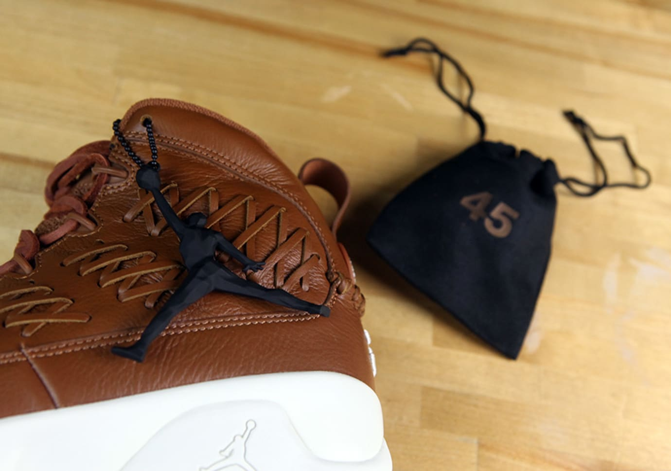 918c71518f9e Air Jordan 9 Baseball Glove Release Date Packaging AH6233-903